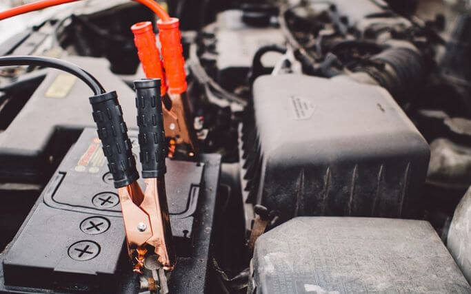 車のバッテリーの寿命を簡単に判断する方法!おすすめの交換時期
