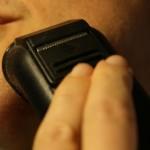 電気シェーバー の臭い対策!簡単掃除と予防方法