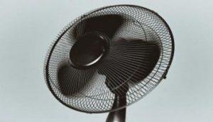 旧型の扇風機