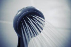 シンプルなシャワー