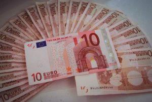 10ユーロの束