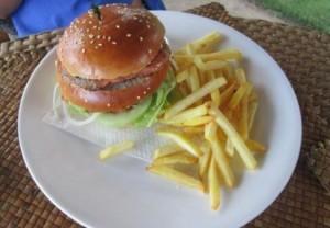 ハンバーガーとポテト