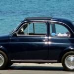 車内の匂いの取り方のポイントは消臭剤の前の下処理!