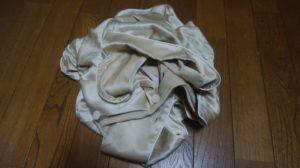 柔らかいシルクのパジャマ