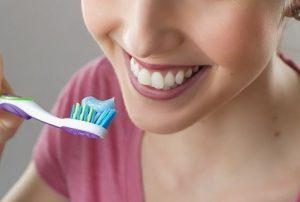 歯を白くする方法よりも歯が黄ばむ原因を遠ざけよう