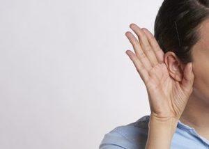 耳が良くなるには定位の良いスピーカーを動かすと効果的!