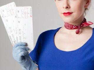 旅費の節約の為にクレジットカードでマイルを貯めるのはお得?