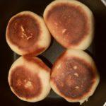 普通の鍋でパンを焼く方法!ポイントは側面を活かすこと